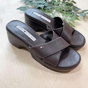 Vintage Tommy Hilfiger Y2K Brown Leather Sandals